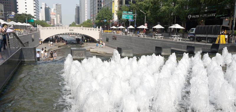 cheonggyecheon130712-main