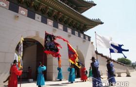 ソウル市内歴史(守門将交代儀式)+北村8景+ソウル歴史博物館1日観光ツアー