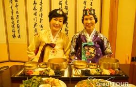 【心ゆさぶるチャーターツアー】専用車でソウル市内を回る1日伝統文化体験/優雅さ溢れるチマチョゴリで韓定食、サムジキル散策、北岳スカイウェイドライブ